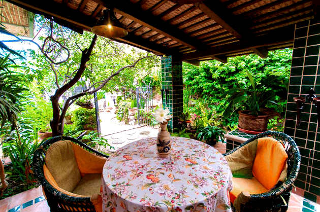 Garden_Lodge_Suite_Patio_Casa_Flores_Ajijic_BB_Hotel